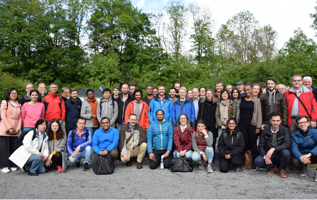 The group pursues a broad program of theoretical research in soft condensed matter physics and material science. It has a wide range of research interests: from polymer networks, polyelectrolytes, hydrogels, biopolymers, membranes to generalized hydrodynamics and instabilities, glassy behavior, material science, and organic electronics.